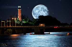 Mega-Moon-over-Jupiter-Lighthouse-Photo-Art1